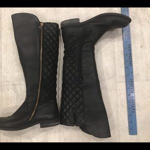 Steve Madden Black Sz.7 Quilted Back leather Boots